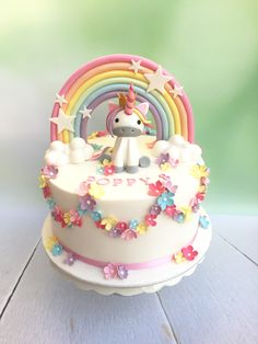 A unicorn cake for Poppy's birthday. Too cute! A unicorn cake for Poppy's birthday. Too cute! Buttercream Cake, Fondant Cakes, Cupcake Cakes, Baby Birthday Cakes, Mom Birthday, Birthday Cake Decorating, Novelty Cakes, Girl Cakes, Cute Cakes