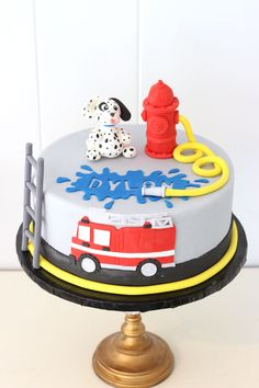 4237 Firetruck Dalmatian and Fire Hydrant Cake