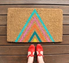 Love the look of this vibrant colored triangle spring doormat.