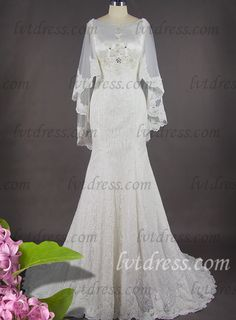 Selecting a vintage style wedding dress for your big day is a presentation for your special fashion taste. Bateau neckline in lace silk fabric on the bridal gown decorated with hem lace sequins and beadworks is stylish and graceful. Mermaid silhouette can show your perfect body curve sufficiently. Long cathedral train is elegant. To your surprise, a beautiful shawl is deserved to owe.