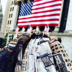 Wall street scarf #nyc#wallstreet#scarf#madeinitaly #flag#usaflag#italca#fashion#money#nycscarf#igersoftheday#igersny by italca