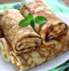 Pancakes filled with sweet cheese (Romanian recipe) Dessert Drinks, Dessert Recipes, Vegan Recipes, Cooking Recipes, Romanian Food, Food For Thought, Bakery, Sweet Treats, Deserts