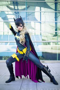 San Diego Comic Con 2016 MaidofMight Cosplay as Batgirl More Super Hero shirts, Gadgets & Accessories, Leggings, lovers Batwoman, Batgirl Cosplay, Batgirl Costume, Batman And Batgirl, Superhero Cosplay, Dc Cosplay, Comic Con Cosplay, Best Cosplay, Cosplay Girls