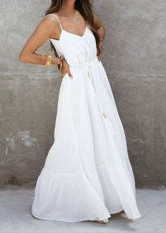 Sézane - Robe Allie White Maxi Dresses, Casual Dresses, White Dress, Dresses With Sleeves, Summer Dresses, Formal Dresses, Parisian Style, Mode Style, Mannequin
