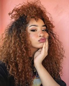 New hair color chocolate to get Ideas Pelo Natural, Natural Curls, Pretty Hairstyles, Girl Hairstyles, Easy Hairstyle, Hairstyle Ideas, African Hairstyles, Curly Hair Styles, Natural Hair Styles