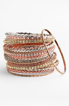 love all the textures in these bangles <3