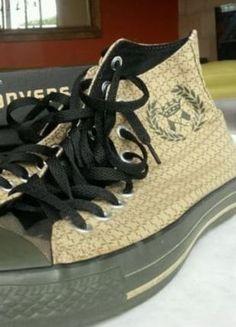 À vendre sur #vintedfrance ! http://www.vinted.fr/chaussures-femmes/baskets/35743627-superbe-converse-military-hi-395