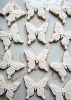 Simple but elegant butterfly cookies | Cotton and Crumbs