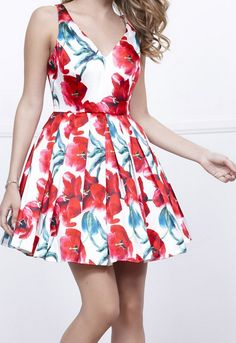 Floral printed satin party dress with a v-neckline and pleated skirt. #PinkSlipHomecoming