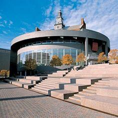 ~~Forbes Magazine lists University of Cincinnati among world's most beautiful campuses