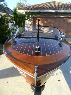 Submitted By: Earl Whitney - Seattle, Washington Wooden Speed Boats, John Boats, Big Girl Toys, Runabout Boat, Classic Wooden Boats, Vintage Boats, Wooden Boat Plans, Boat Interior, Boat Stuff