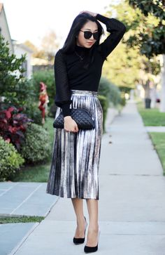 poshclassymom-holiday-dress-trend-outfits-metallic-pleated-midi-skirt-lace-turtleneck-top-how-to-wear-metallic-jimmy-choo-anouk-degrade-heels-chanel-clutch-3