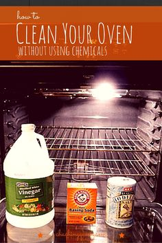 Easy step-by-step tutorial on how to your clean oven with vinegar and baking soda using homemade natural cleaners to clean your oven racks, door glass, self-cleaning ovens. Deep Cleaning Tips, House Cleaning Tips, Natural Cleaning Products, Spring Cleaning, Natural Cleaning Solutions, Cleaning Checklist, Clean Oven With Vinegar, How To Clean Oven, Terrazo