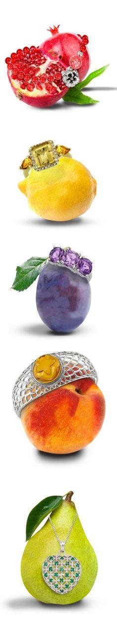 Sublime Useful Ideas: Jewelry Illustration Gifts minimalist jewelry set. Jewelry Ads, Ruby Jewelry, Dainty Jewelry, Photo Jewelry, Vintage Jewelry, Jewelry Accessories, Fine Jewelry, Gold Jewellery, Jewelry Making