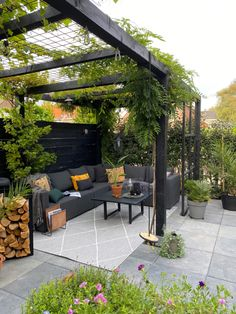 Small Backyard Patio, Backyard Patio Designs, Outdoor Pergola, Backyard Pergola, Outdoor Rooms, Outdoor Gardens, Small Garden Pergola, Backyard Parties, Rustic Pergola