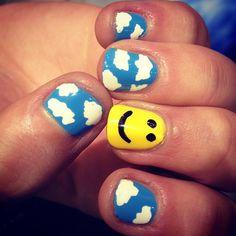 CLOUDS AND SMILES #nails #nailart