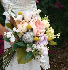 Learn how to make a bouquet with fake flowers in this simple DIY video.  Watch this easy to follow video and choose your favorite silk flowers from Afloral's wide range of roses, peonies and more for your dream wedding bouquet.