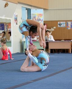 acro contortion