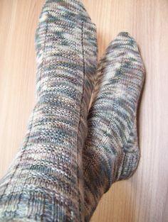 ALFA SOCKS O meu primeiro modelo de meias, desenhado a bordo do Alfa Pendular!!!  Modelo Gratuito - clique na imagem
