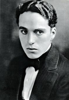 ๑ Nineteen Fourteen ๑ historical happenings, fashion, art & style from a century ago - Charlie Chaplin, 1914.
