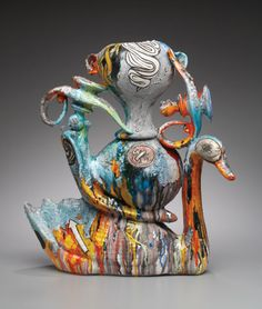 Nice Nester, 25 in. (64 cm) in height, ceramic with glaze, 2007. Photo: Peter Lee.