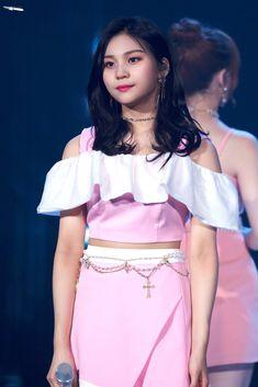 Kpop Girl Groups, Korean Girl Groups, Kpop Girls, Stage Outfits, Kpop Outfits, Cloud Dancer, Red Velvet Seulgi, G Friend, Daughter Of God