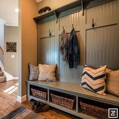 2015 Parade Craze Tour of New Homes Cincinnati - Anderson Custom Homes #paradecraze #ParadeOfHomes #AndersonCustomHomes #mudroom #hooks #shelves #bench #pillows #rug #woodfloor #design #interiordesign #designer #interiordesigner #decor #interiors #homedecor #homedesign #home #house #cincinnati #paradecrazetourofnewhomescincinnati