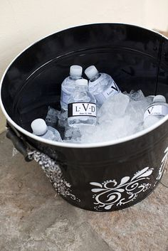 Offer ample options for ice cold hydration. | 32 Totally Ingenious Ideas For An Outdoor Wedding