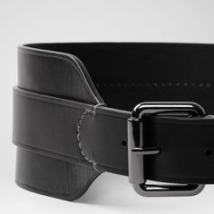 AllSaints Black Lila Belt Awesome wide belt in excellent condition. It was too big on me so I never wore it. Size Medium - Large. All Saints Accessories Belts