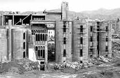 Transformacion de un fabrica de cemento por el arquitecto Bofill