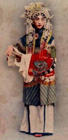 Peking Opera Master Zhang Jun-Qiu