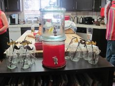 Drink station at a Cowboy Party #cowboy #partydrinks