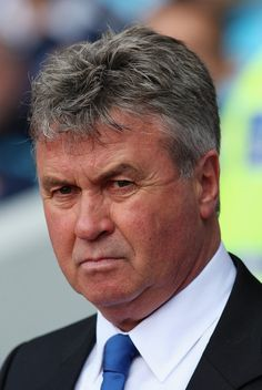 West Ham 0 Chelsea 1 in April 2009 at Upton Park. Chelsea manager Guus Hiddink looks on History Of Soccer, West Ham, 2000s, That Look, Football, Park, Soccer, Futbol, American Football