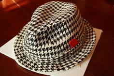 Remember to do something special for your groom. Loving the houndstooth :)