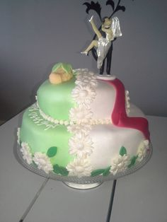 This cake is the Wedding and Cristening cake - in the Finnish cake comptetition. Give your voice to it!