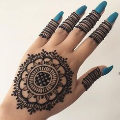 Rock your party by wearing these classic party wear mehndi designs for hand and legs. you will definitely get adorable compliments. Pretty Henna Designs, Finger Henna Designs, Full Hand Mehndi Designs, Modern Mehndi Designs, Mehndi Designs For Beginners, Mehndi Designs For Girls, Mehndi Designs For Fingers, Beautiful Mehndi Design, Latest Mehndi Designs
