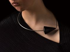 Klimt02: Van Niekerk, Linda jewelry design unique handmade jewelry images jewelers