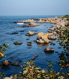 The clean waters and rocks of Bornholm, a little danish island, where I grew up <3
