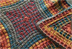 Here we are again with one more beautiful crochet project and this time, we are going to teach you how to make amazing Pandora's box blanket using some very helpful instructions including free pattern and video tutorials