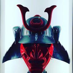 Samurai Helmet in Dubai. When your eyes are up theres always something interesting around.  #worldcaptures #beautifuldestinations #PassionPassport #WorldPlaces #TravelStoke #TravelAwesome #DarlingWeekend #BBCTravel #LoveTheWorld #GuardianTravelSnaps #ABMtravelbug #meettheworld #30xthirty #IgersLondon #worldnomads #FodorsOnTheGo #Travel #instalike #dubai #digitalnomads #japan #japanese #instagood