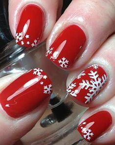 10 Holiday Winter Nail Art Design to Copy Right Now - nail designs - Xmas Nails, Holiday Nails, Christmas Nails, Christmas Time, Christmas Ideas, Winter Nail Art, Winter Nails, Trendy Nails, Cute Nails