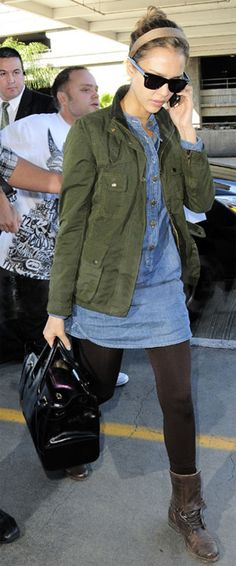 Ideas How To Wear Denim Shirt Outfits Chambray Dress For 2019 Source by kaymeigee dress outfit Denim Shirt Dress Outfit, Utility Jacket Outfit, Army Green Jacket Outfit, Jessica Alba, Chambray Tunic, Chambray Shirts, Denim Shorts, How To Wear Leggings, Tunic Leggings