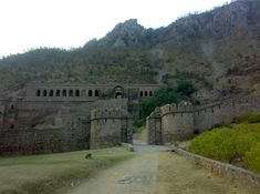Bhangarh near Jaipur, Rajasthan, India, - founded in 1573, abandoned in 1783, considered one of India's most haunted locations, with signs posted, military will not enter site after dark - apparitions and shadows are seen, voices, laughter,screams heard,light anomalies