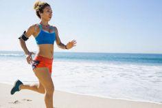 Deporte, vida saludable y música, la combinación perfecta para ponerte en forma. http://www.farmaciafrancesa.com