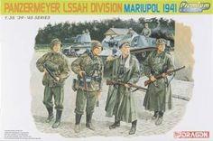 1/35 Panzermeyer LAH Div Mariupol '41 (4) (dml6407) DML Plastic Model Military Figures