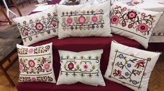 Hungary, Folk Art, Throw Pillows, Embroidery, Patterns, Needlepoint, Block Prints, Toss Pillows, Popular Art