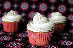 Vanilla Chai Cupcakes... these could be a really delicious thing.