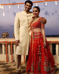 Best of Bollywood fashion - major inspiration for your bollywood lehenga. Fab filmi brides & their onscreen wedding lehengas to inspire your designer dream. Shraddha Kapoor Lehenga, Shraddha Kapoor Cute, Bollywood Lehenga, Bollywood Fashion, Indian Bollywood, Indian Celebrities, Bollywood Celebrities, Bollywood Actress, Ok Jaanu Movie