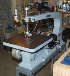Delta Manufacturing Co. - Scroll Saw Model 40-440
