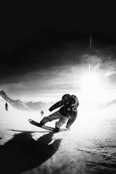 I love to Snowboard! Its my passion! Real World Games, Snowboarding Photography, Snow Fun, Skate Surf, Snow Skiing, Ski And Snowboard, Winter Fun, Winter Snow, Wakeboarding